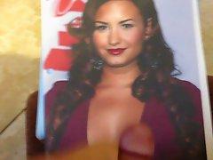 Demi Lovato Masturbation