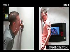 Straight guy gest gay blowjob on gloryhole