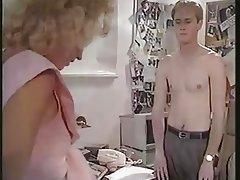 Hermaphrodite Fucks a Guy -