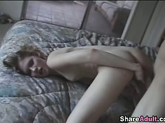 Boyfriend convinces his girl to fuck in front of the camera