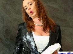 Bukake loving euro fingering her wet box