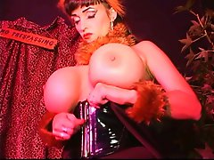 Busty gimp getting sed by her slave