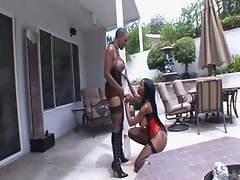 Lesbian play - America Moore and Sincerre Lemmore-01