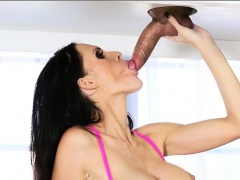 Huge boobs massesuse Jennifer Dark blowjobs and cum facialed