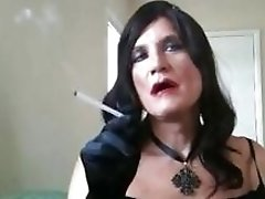 Old tranny still loves to play with her dildo