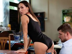 Gorgeous anal sex on the first date with a glamorous Lilu Moon
