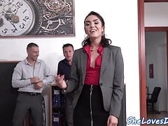 Euro babe double penetrated while dickriding