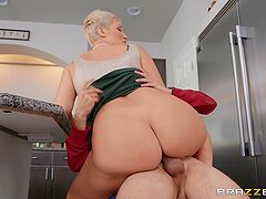 Mommy is ready to fuck with the son's best buddy