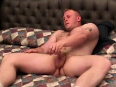 Gay aunty queen enjoy solo masturbation
