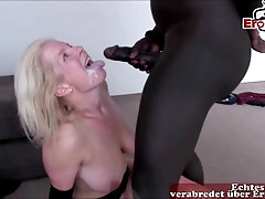 German towheaded mature mommy makes 3 way internal cumshot audition