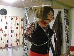 Dizzy Miss Sizzy  -  a tranny in trouble