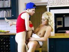 Hot Cougar Rebecca Jane Smyth Enjoys Good Dicking