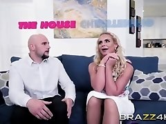 Blonde Babe Phoenix Marie Takes Long Rod In Pussy