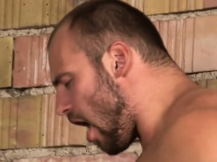 Raw dawged buff hunk cums