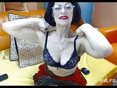Fabulous granny with the body of a 40 year-old MILF