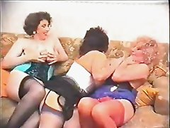 Busty Pat Wynn AKA (Auntie Jane), Millie Minchen and a friends